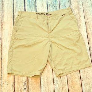 Hurley Nike Dri Fit 34 shorts khaki